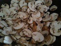 Stir frying Mushroom