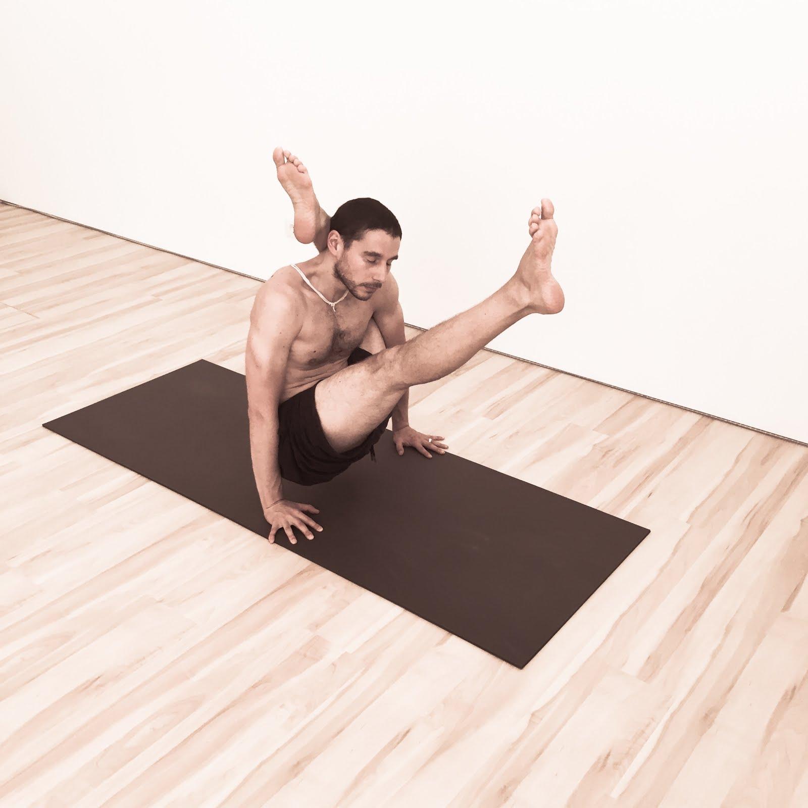 Formação em Yoga com Miguel Homem