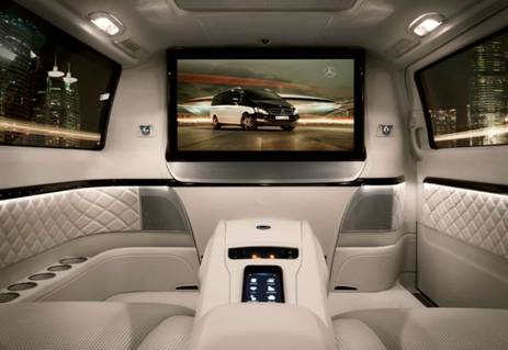 voiture communicante beoliving viano le home cinema de. Black Bedroom Furniture Sets. Home Design Ideas