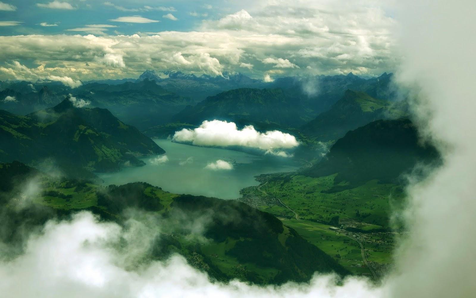 Cloud in Sky Mountain River Wallpaper