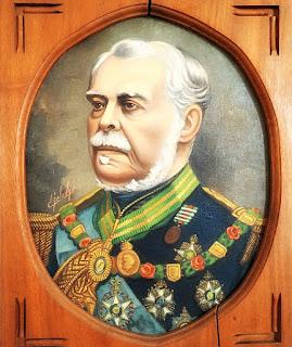 Quadro com imagem de Duque de Caxias, patrono do Exército Brasileiro.