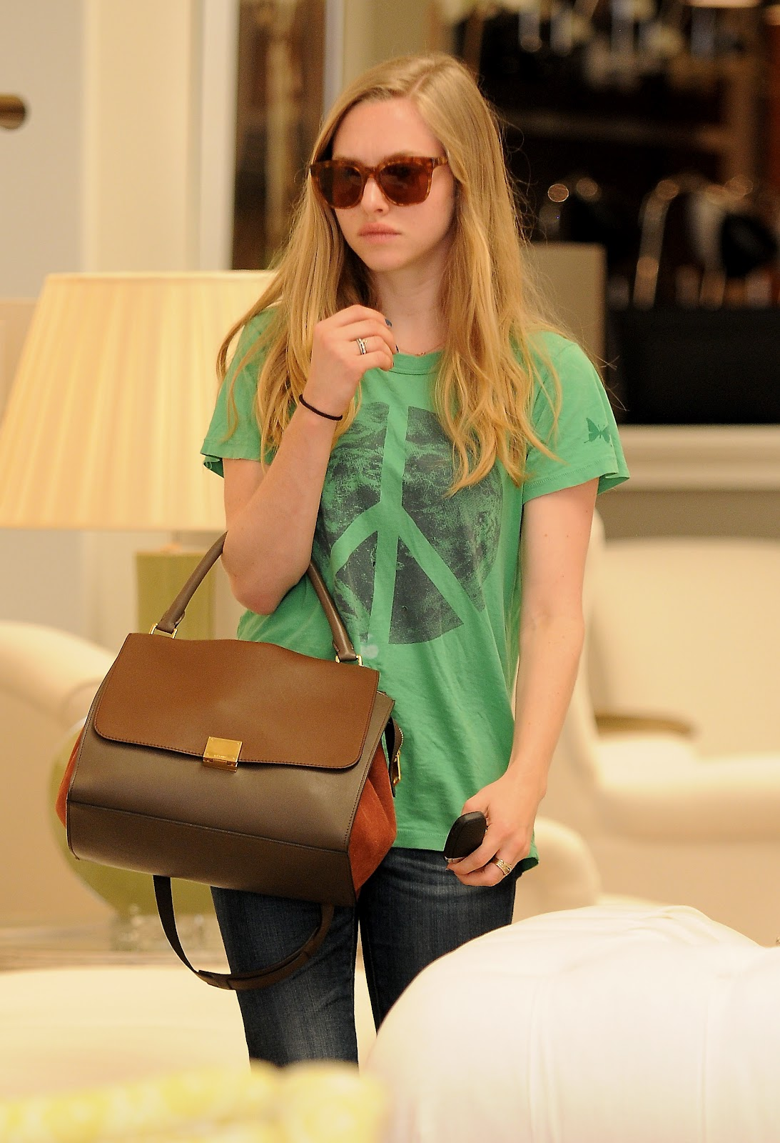 Amanda Seyfried Spotted : d33blog