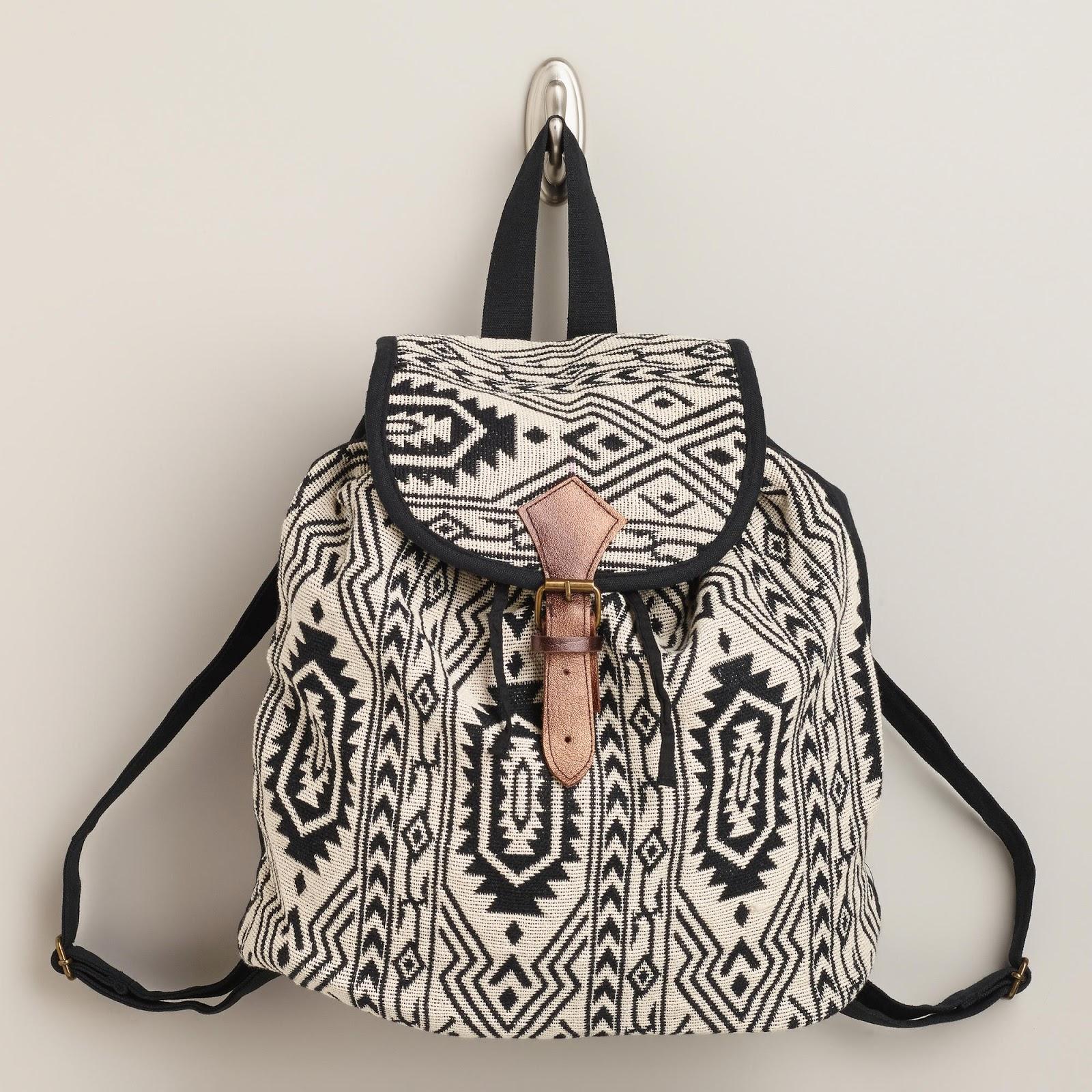 mochila feita de tecido