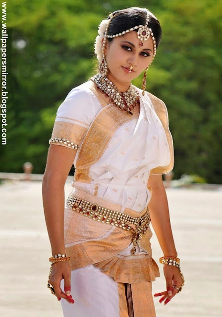 Tapsee Latest hot photo stills
