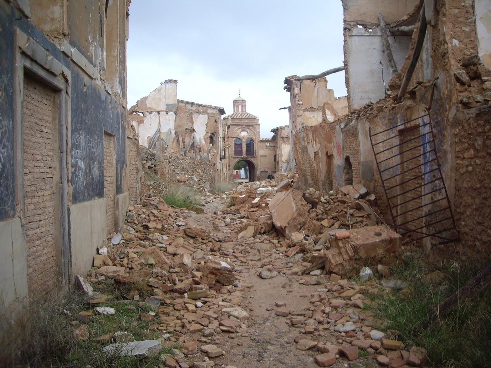 Gossip Huesca: Pueblo viejo Belchite