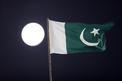 2756511021 09efb62399 - Pakistani Flags