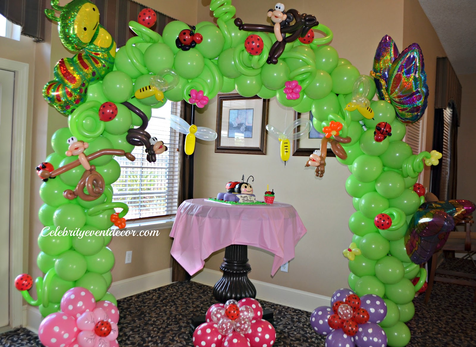 Ladybug balloon decorations 1st birthday images frompo for Balloon birthday decoration