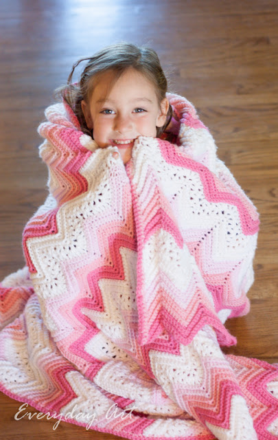http://www.our-everyday-art.com/2015/10/pink-and-white-crochet-blanket-lacy.html