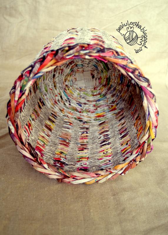 Papierowo-wiklinowy kolorowy kosz