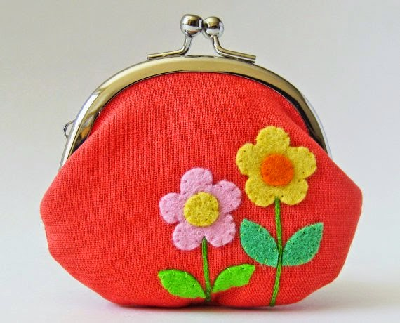 https://www.etsy.com/listing/185862291/flower-coin-purse-pink-and-yellow-retro?ref=favs_view_1