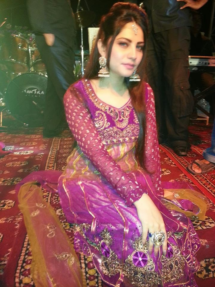 Pakistani actress neelam wedding