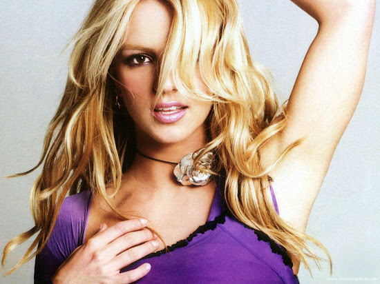 Britney Spears Photo Shoot Wallpaper
