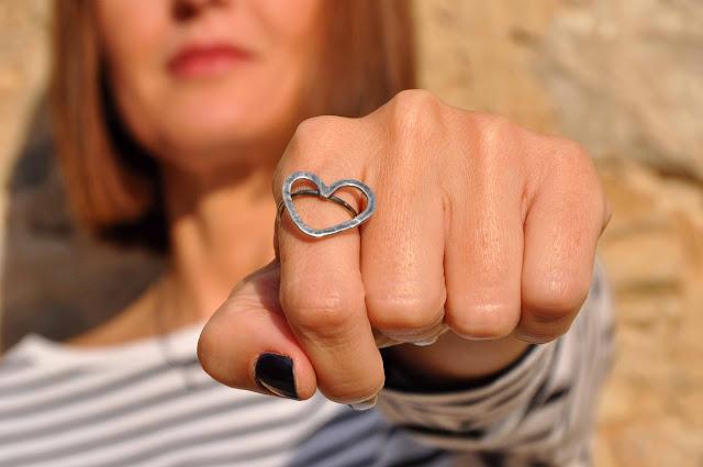 anillo corazón en plata