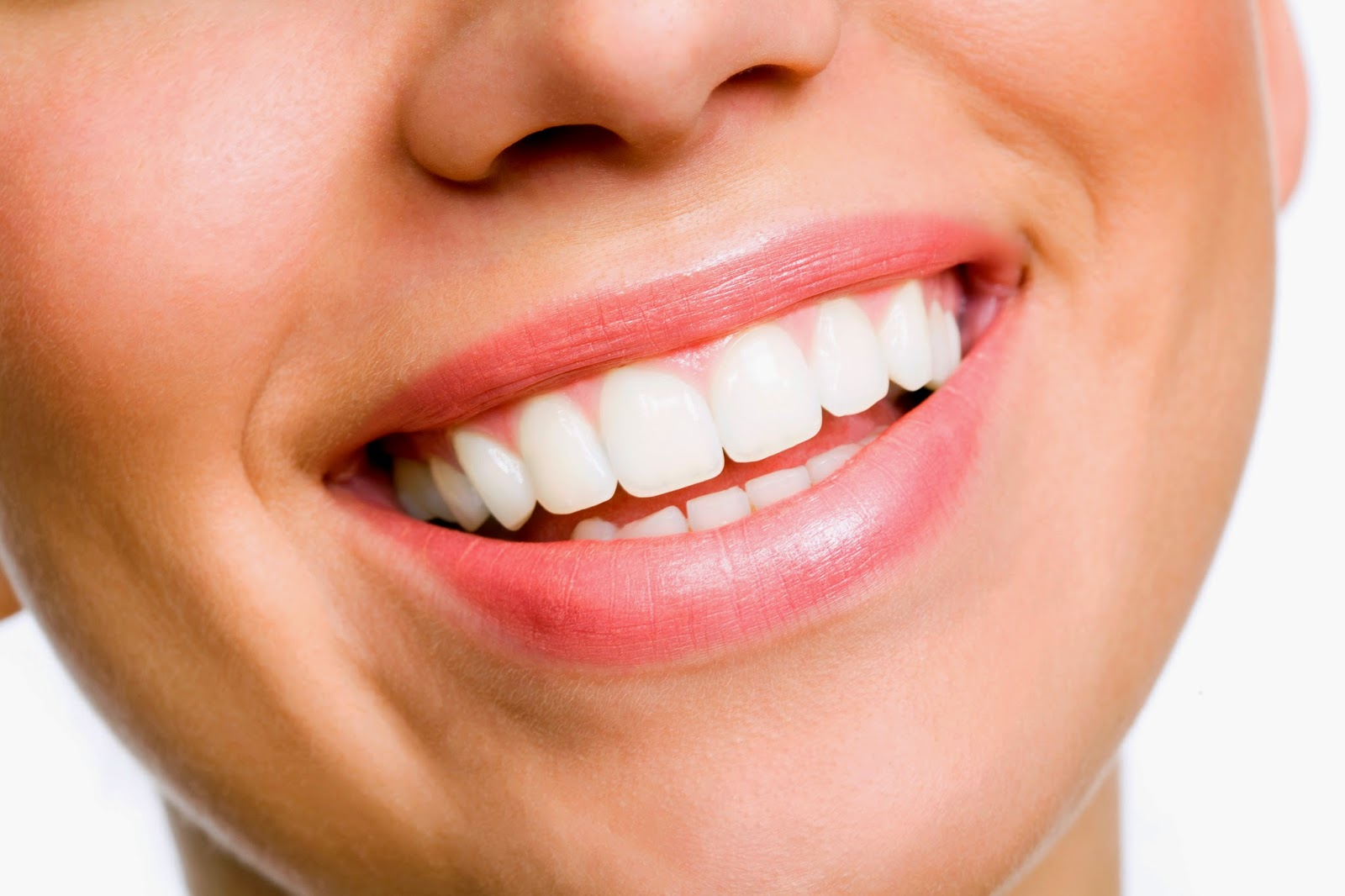Natural Teeth Whitening Home Remedies