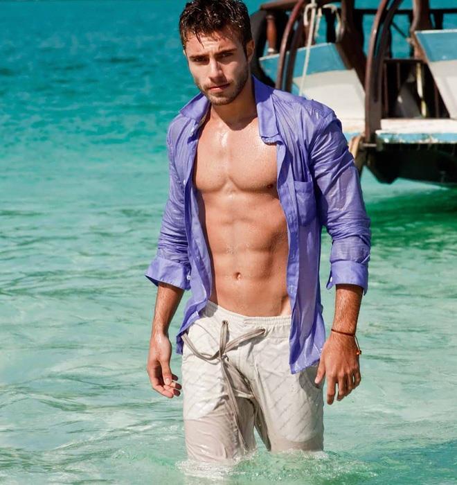 gay turkish boy jale