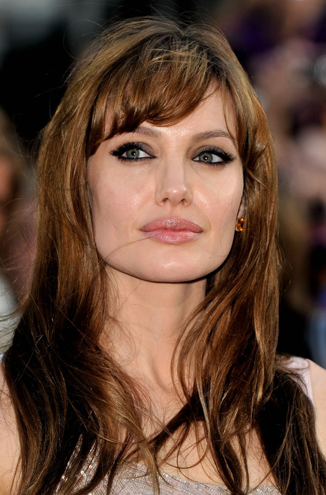 Women Beauty Tips: 24 Popular Celebrity Angelina Jolie Hairstyles ...