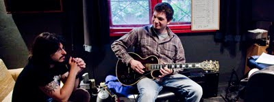 Стоунър, дуум и психеделичен рок с живо звучене в дебюта на CENTER