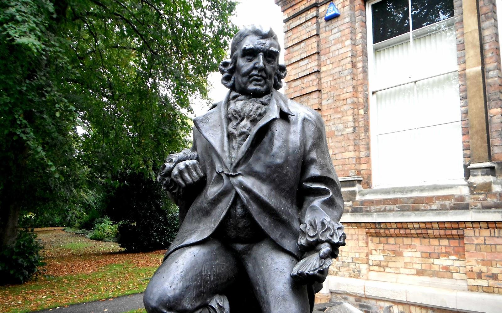Erasmus Darwin statue