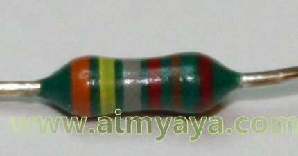 Gambar: Contoh resistor 6 warna