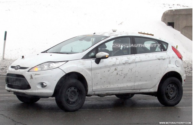 2012 Ford Fiesta Crossover