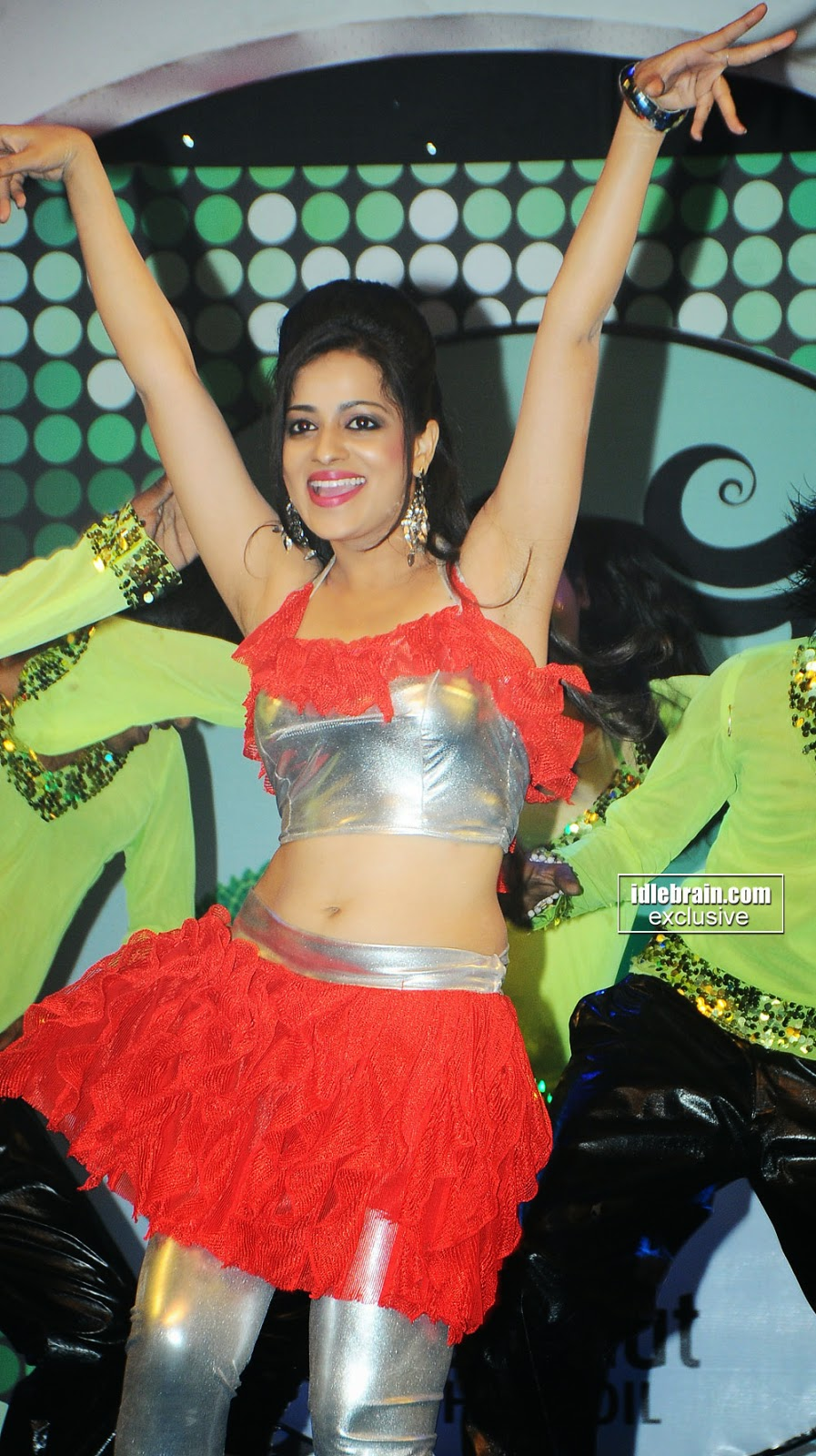 Reshma navel dance