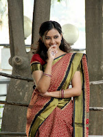 Sri Divya glam pics from Varadhi movie-cover-photo
