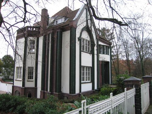 Autoliterate peter behrens house darmstadt for Behrens house