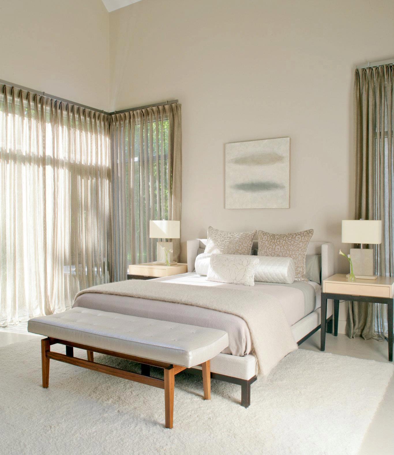 See this house white on white in a modern hamptons farmhouse nbaynadamas furniture and interior - Cortinas de dormitorios ...