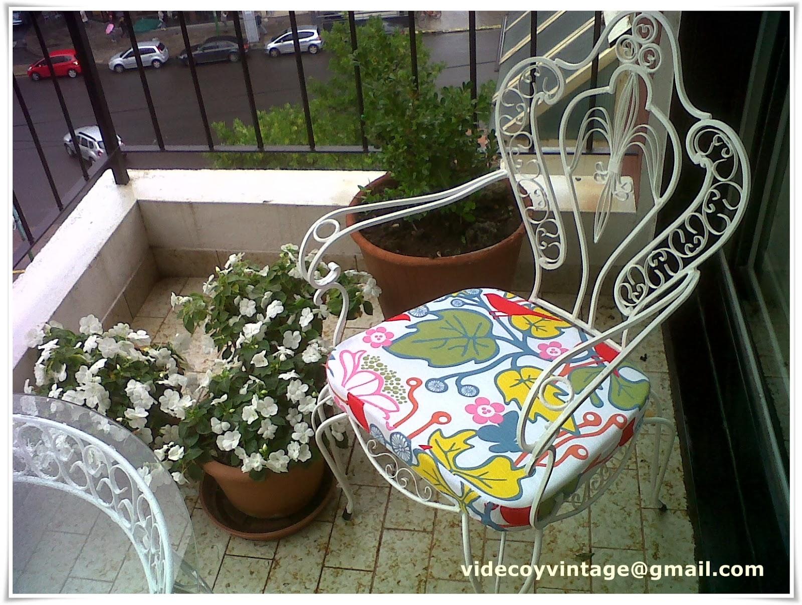 Videcoyvintage deco sillones de hierro for Almohadones para sillones de jardin