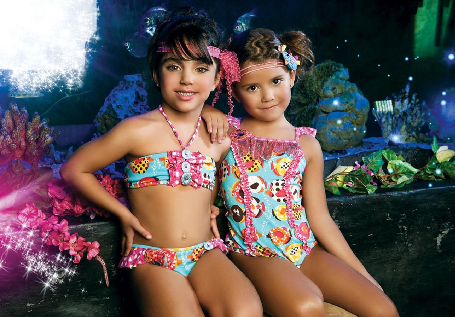 Фотоальбом девочки в купальниках 25 фотография