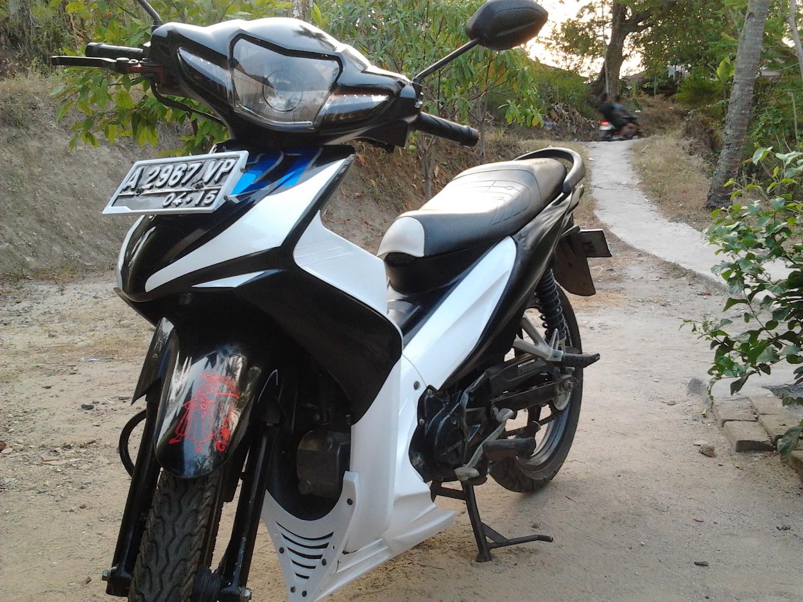 Foto Gambar Modifikasi Motor Revo Fit 2012 Terbaru Sukaon