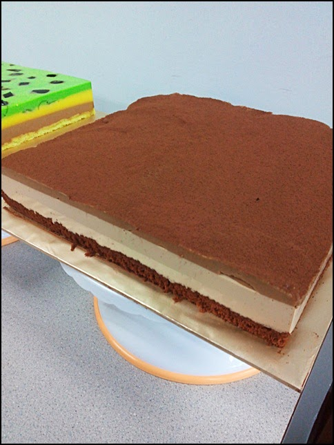 Tiramisu Pudding Cake