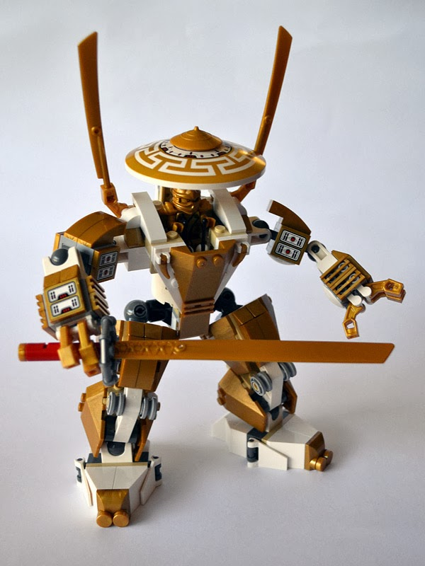 lego ninjago temple of light - the golden samurai mecha (aka the golden robot)