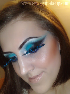 blue black makeup