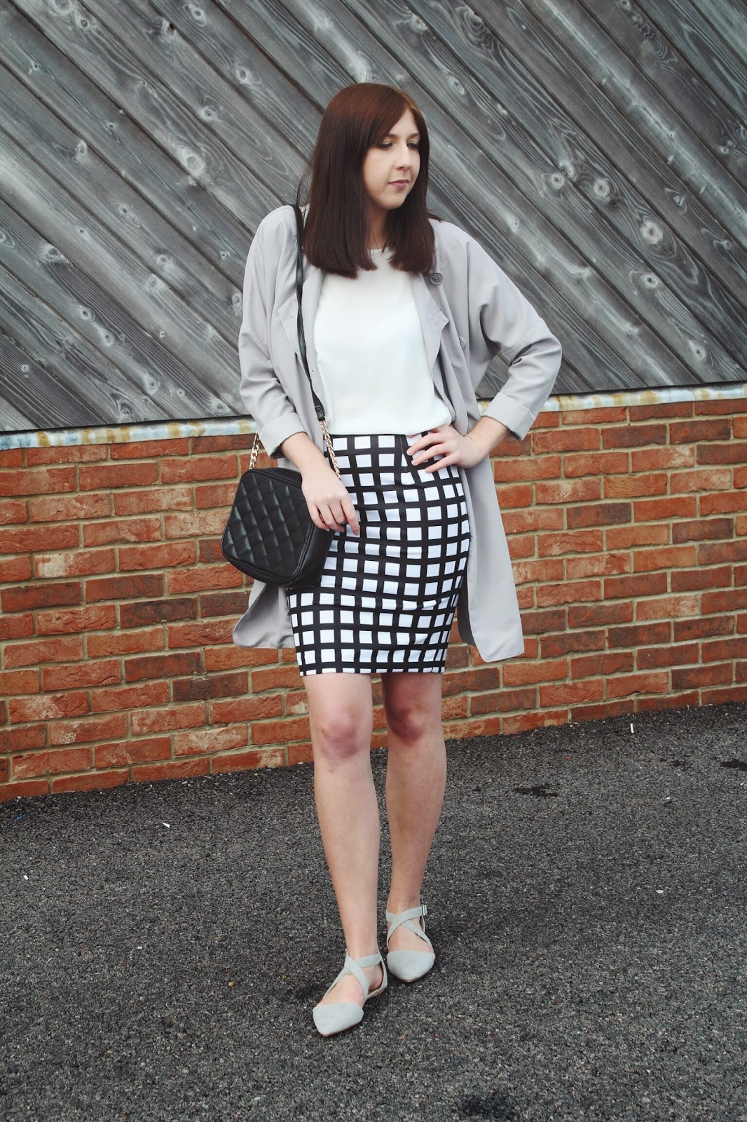 asseenonme, wiw, whatimwearing, halcyon velvet, nuerclothing, primark, asos, lotd, lookoftheday, ootd, outfitoftheday, blackandwhite, nocolouroutfit, fashionbloggers, fbloggers, fashion, fashionblogger, fblogger