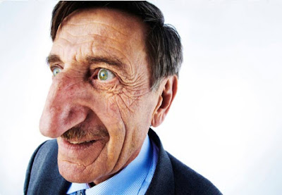 Mehmet Ozyurek -- the man with the world's largest nose