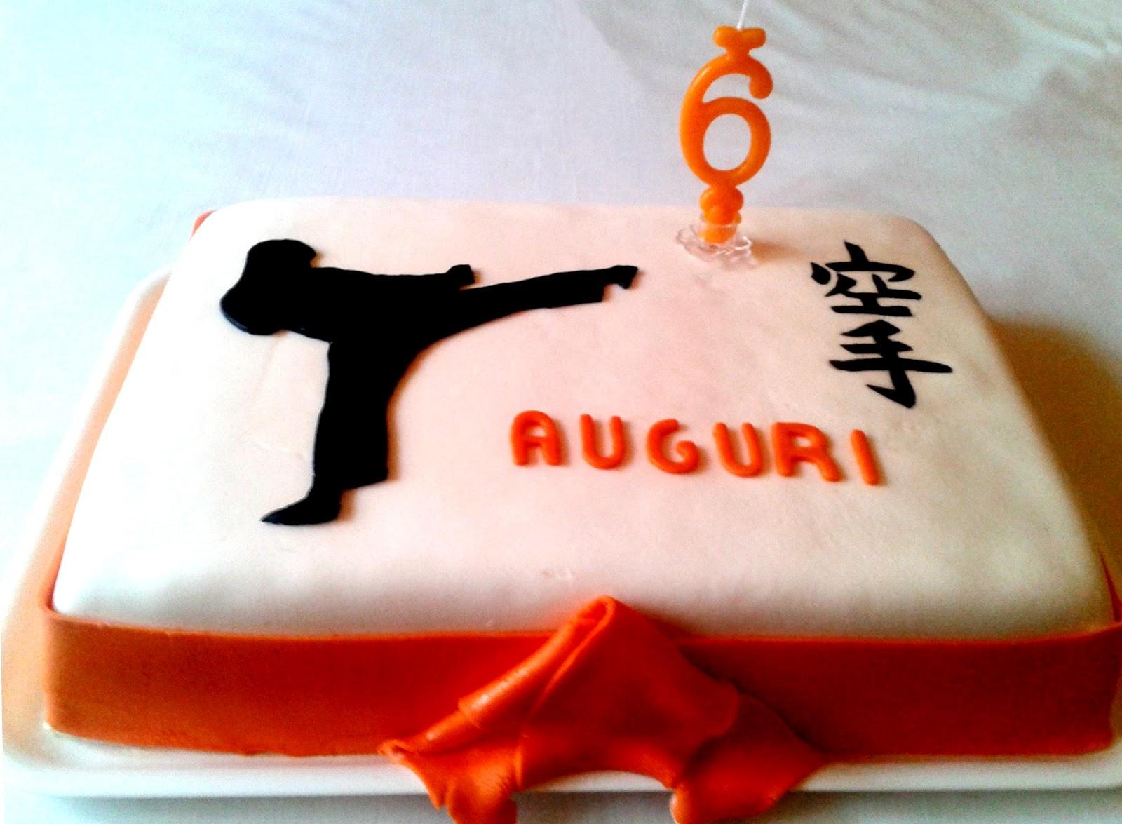 Alessandra e i suoi dolci giugno 2012 for Decorazione torte karate