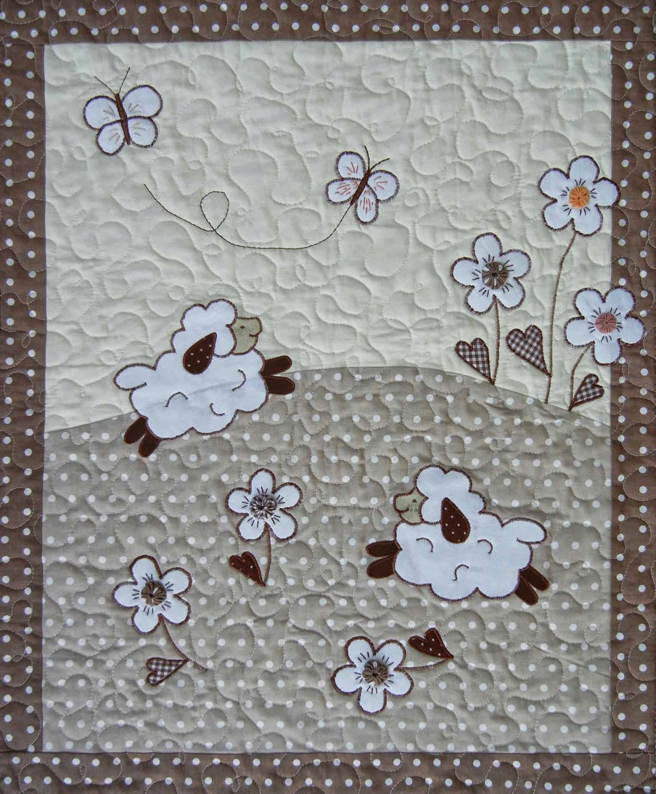 Sheep quilts - baby blanket and pillowcase from Ulla s Quilt World