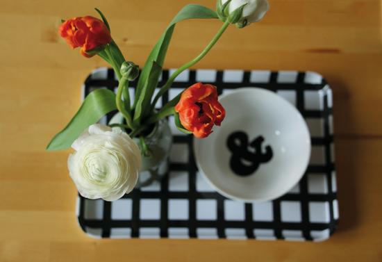binedoro Blog, Tischdeko, Ranunkeln, Tulpen