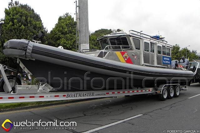 Lancha patrullera Safe Defender 380X Guardacostas Armada Nacional