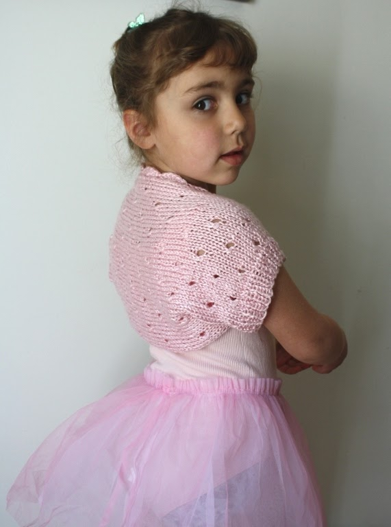 Free Knitting Pattern For Girls Bolero : All Knitted Lace: Free Pattern. Little Ballerina Shrug
