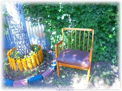 кресло женскими руками