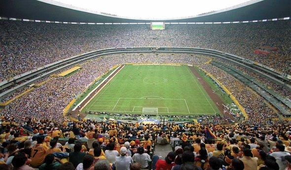 Estadio-fútbol-lleno
