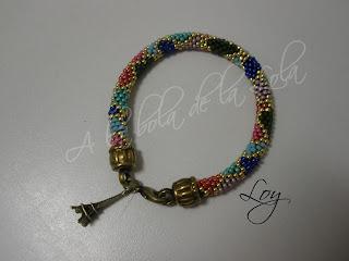 "Pulsera ""Frey Wille"" de Peetje Pulsera+crochet+colores+de+peetje"