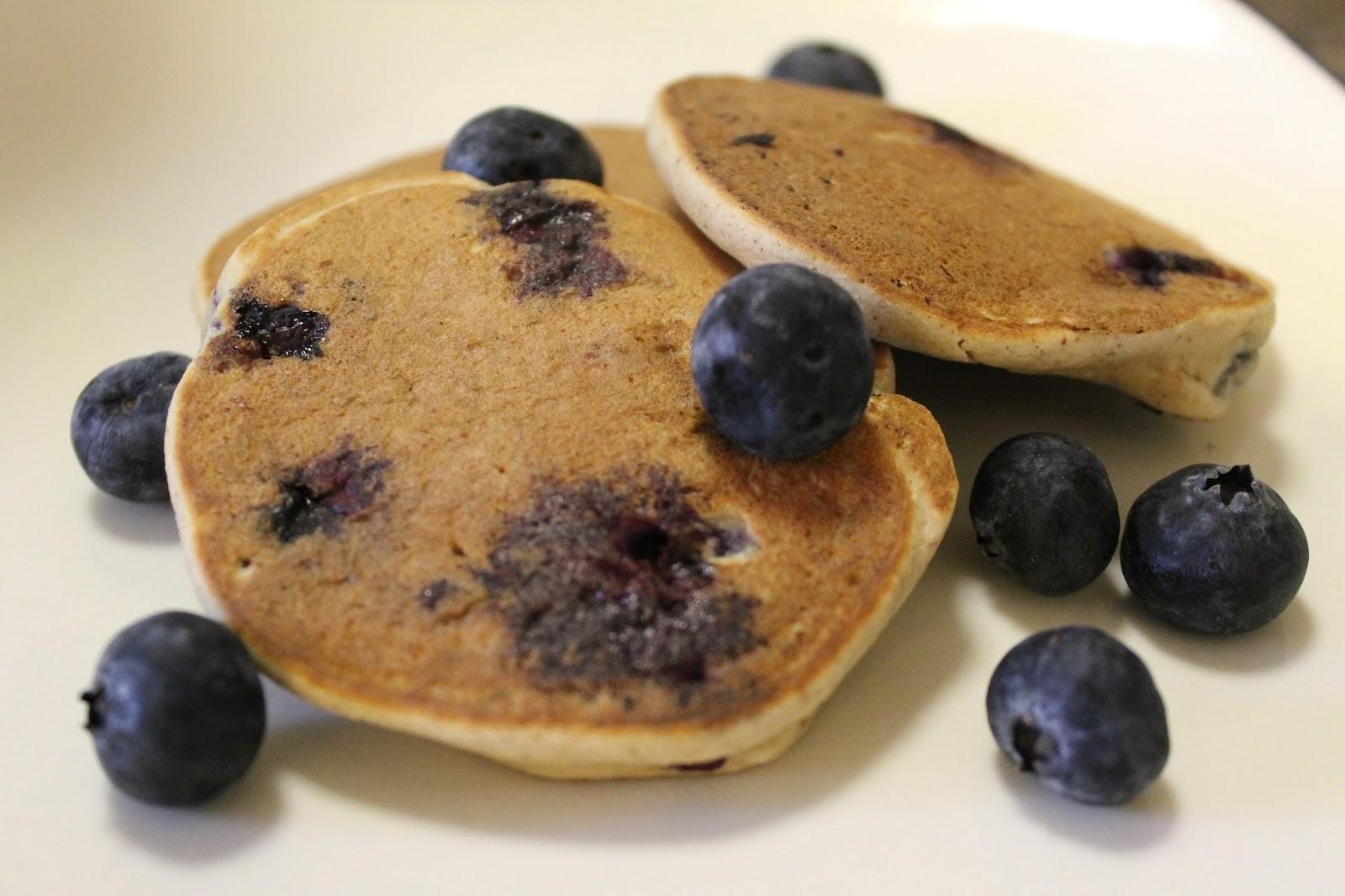 Displaying 16 gt  Images For - Eggo Mini Blueberry Pancakes   Eggo Mini Pancakes