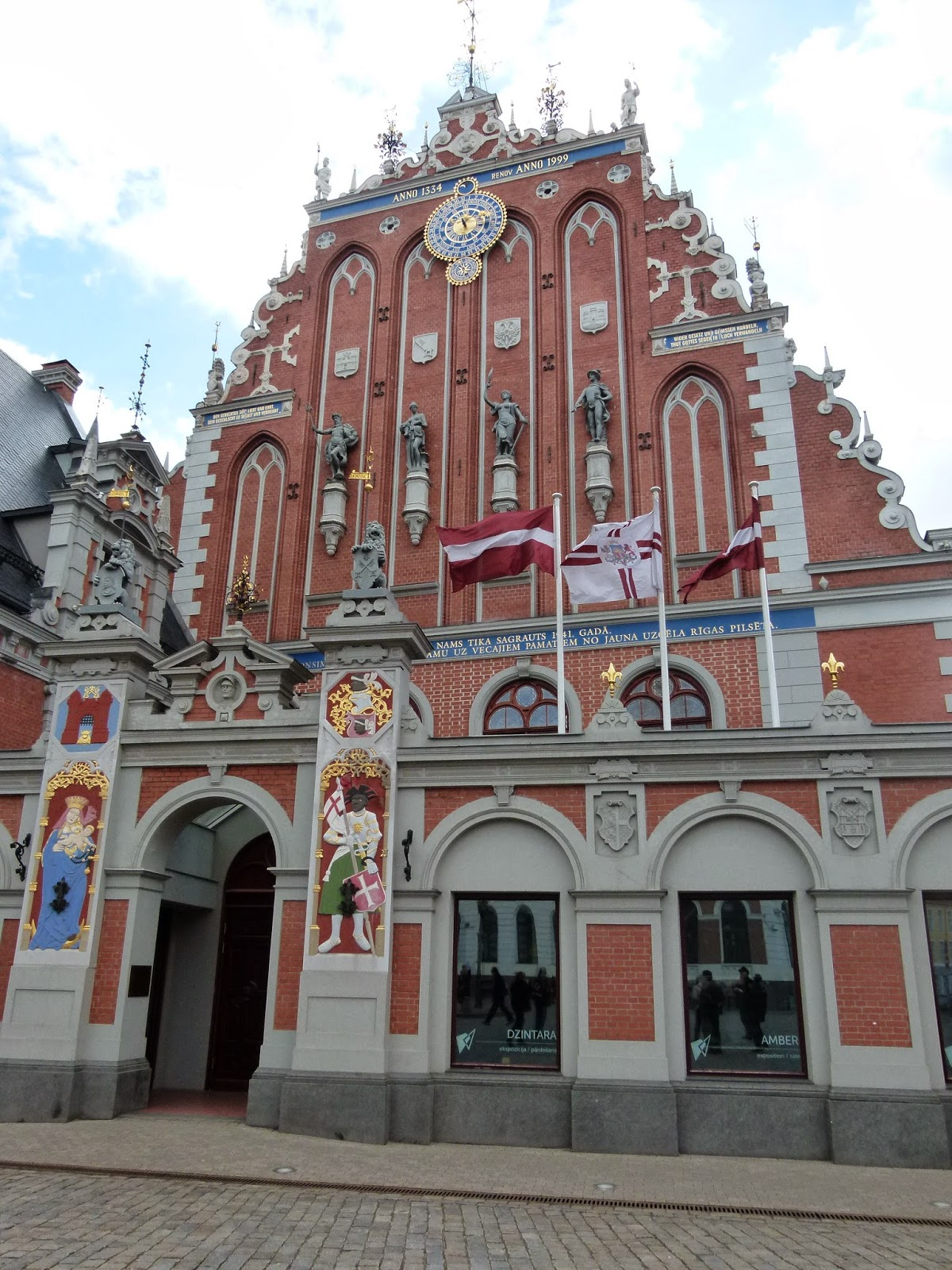 explore riga latvia in 48h