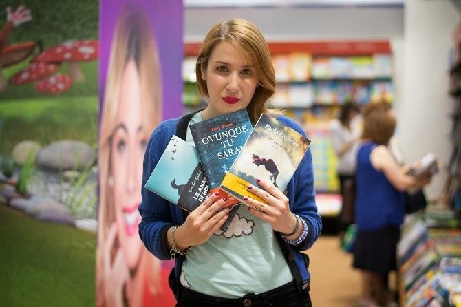 libri azzurro tshirt Salone del Libro 2015 nuvole Giunti