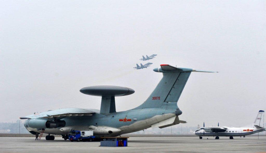 http://2.bp.blogspot.com/-b5yIgmEHmMs/UMP5cD0f0jI/AAAAAAAAV7U/3P88hTw5tMc/s1600/2nd+Golden+Helmet+China+Airforce+air+combat+simulation+contest+Shenyang+J-11BBHBSBSH+Flanker+BC%252B+Flanker+B+fighter+J-10+%2528Jian+10%2529+Vigorous+Dragon+Multirole+Tactical+Fighter++%25289%2529.jpg