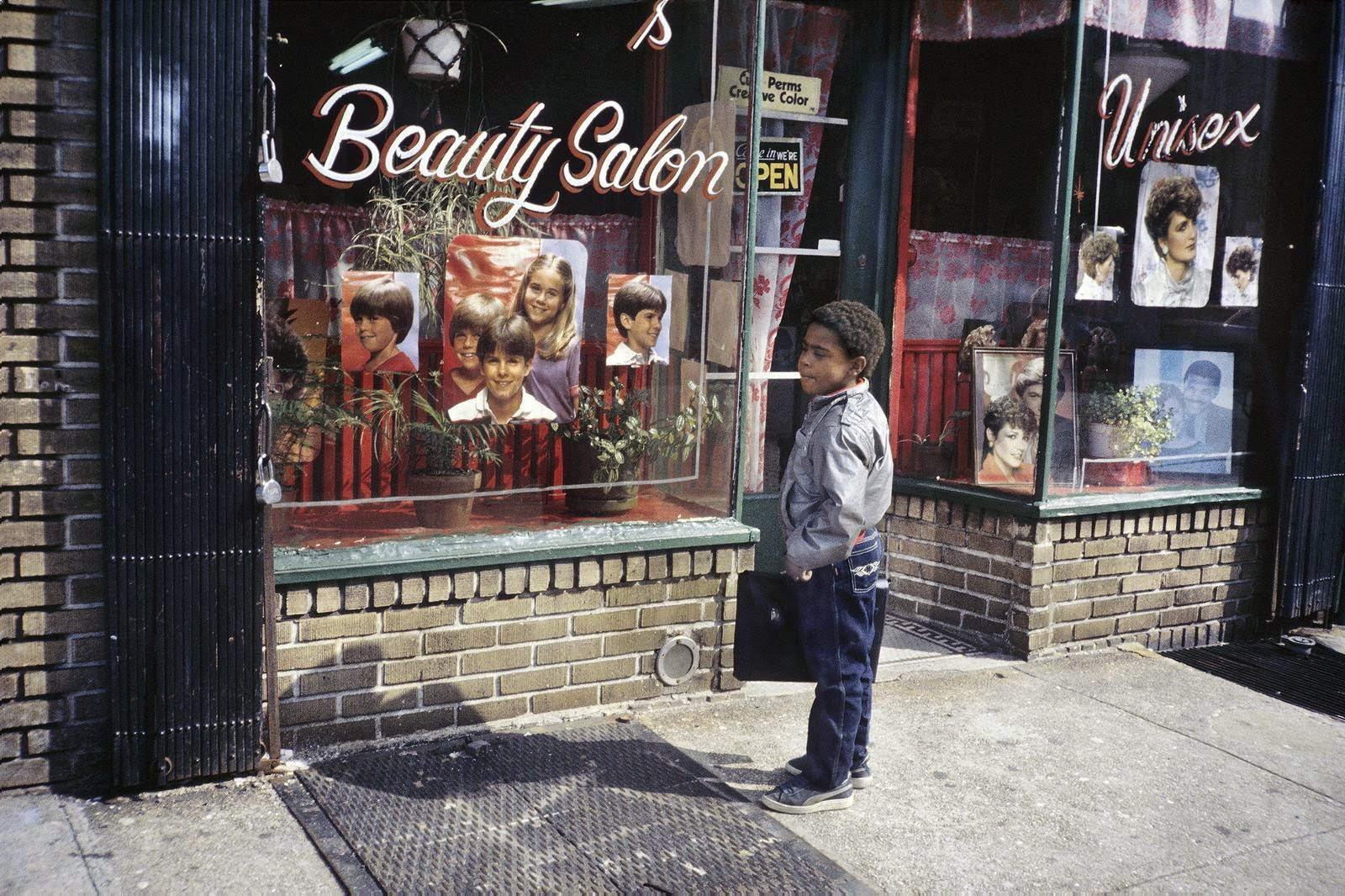 Amazing pictures of new york city in the late 1970s and for Le salon east nyc