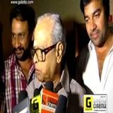 K Balachander With Thillu Mullu Team At SATHYAM Cinemas